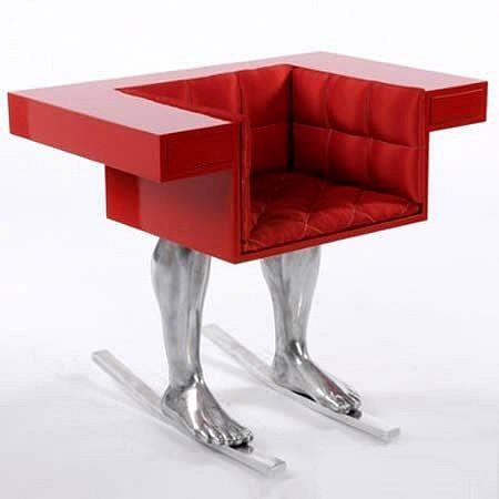 Футуристический дизайн стула-кресла