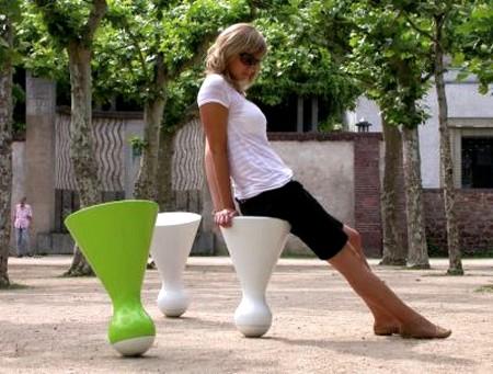 Дизайн стула-неваляшки