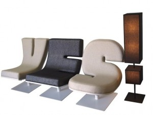 typographic_loungechair_2